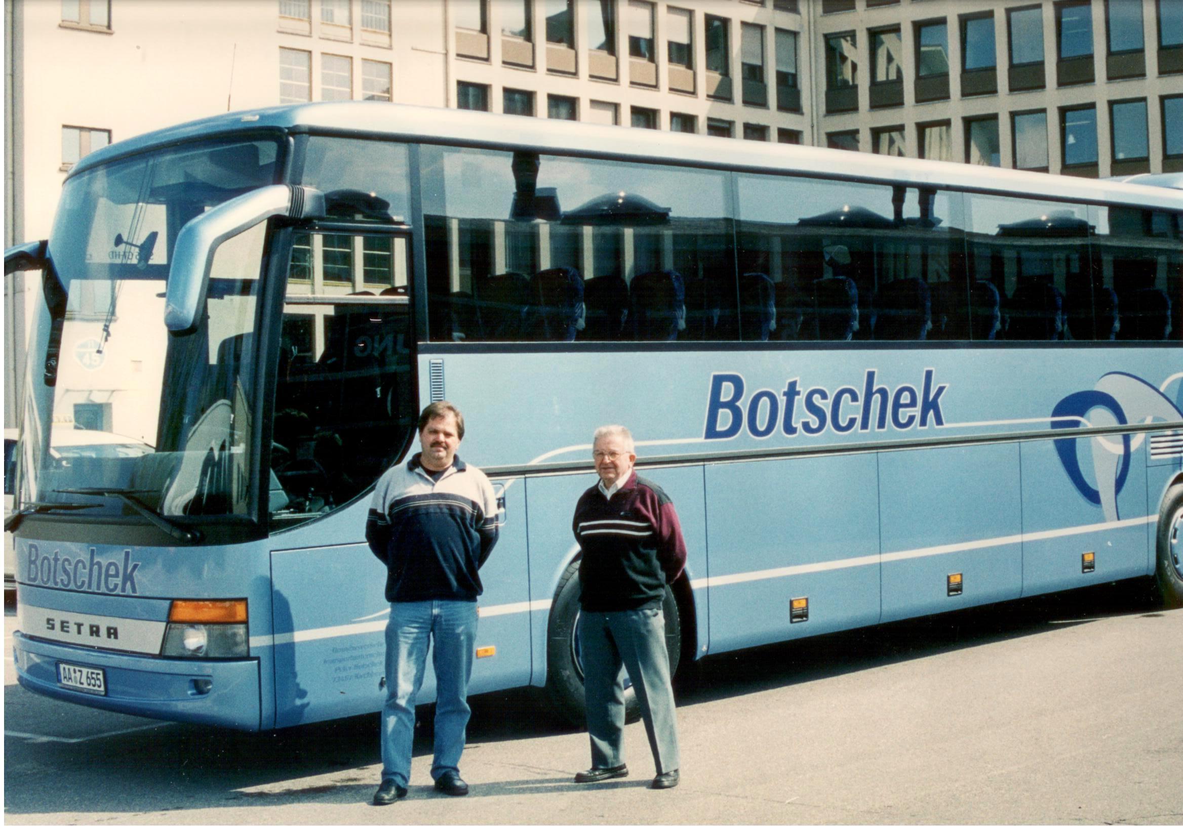 Busübergabe bei Setra